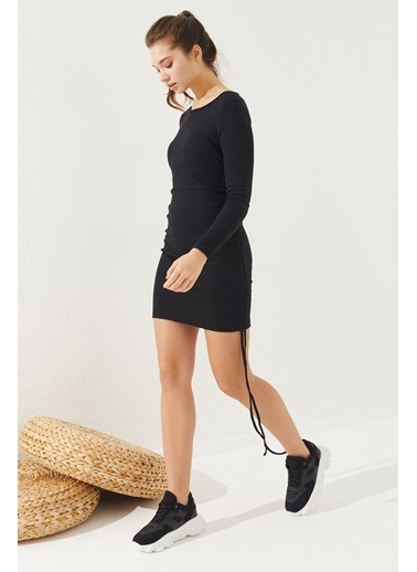 Reyon REYON Kadın Yanları Büzgülü Kaşkorse Elbise Siyah Siyah